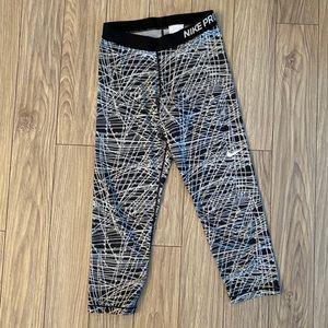 Nike Pro Crop 3/4 Leggings Black & White